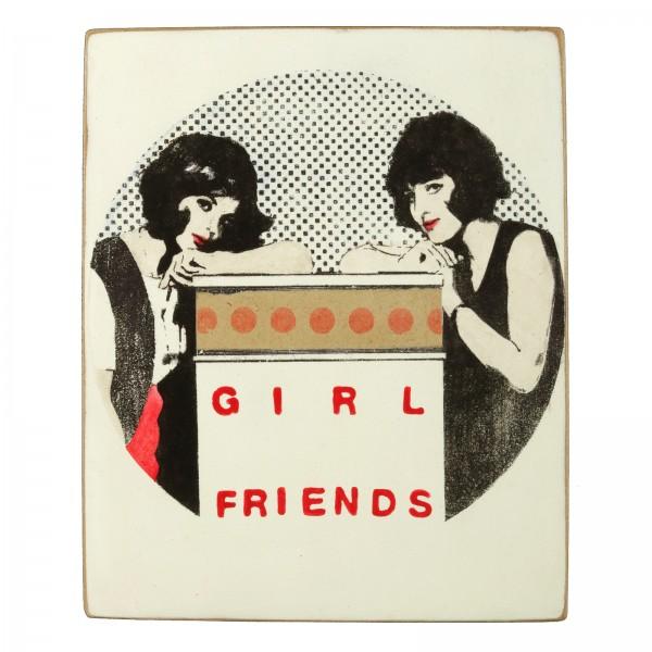 Kati Elm: girl friends